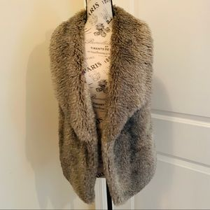 Faux fur vest from Maurices size medium
